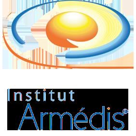 La plupart des Médiateurs du CMM ont été formés auprès de l'institut Armedis. (Car étant un des rares institut ou école enseignant une réelle méthode de médiation). (Beaucoup de centres de formations formant en effet des personnes pouvant parler de la  médiation, mais… ne sachant pas en pratiquer)…